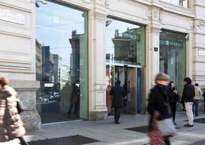 15 Intesa Sanpaolo Milano