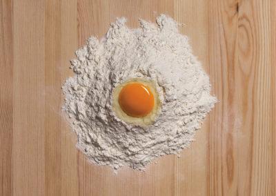 18 Fontana di farina con uovo